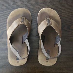 Reef Grom Leather Flip-Flop Size 7/8